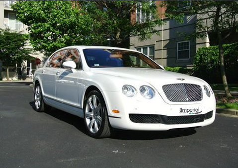 BENTLEY FLYING SPUR COMFORT, STYLE AND SAFETY
