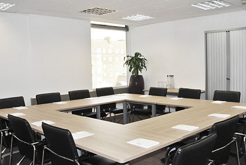 business-chauffeur-meeting-venue-hammersmith