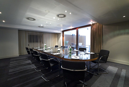 business-chauffeur-meeting-venue-kentish-town