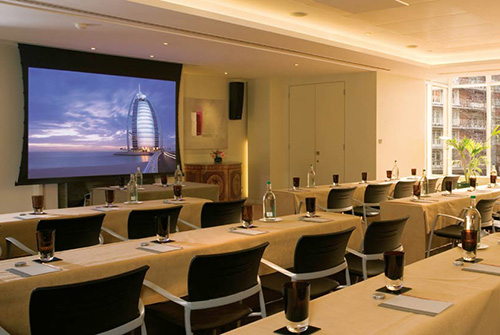 business-chauffeur-meeting-venue-knightsbridge
