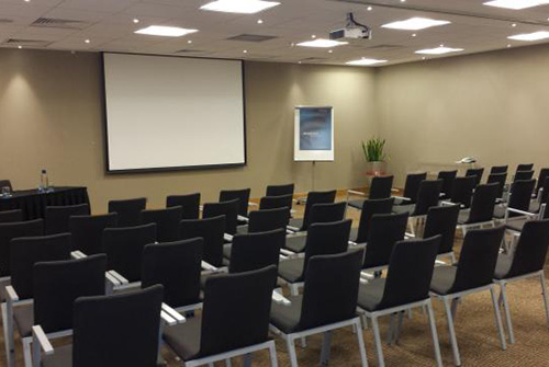 business-chauffeur-meeting-venue-tower-hill