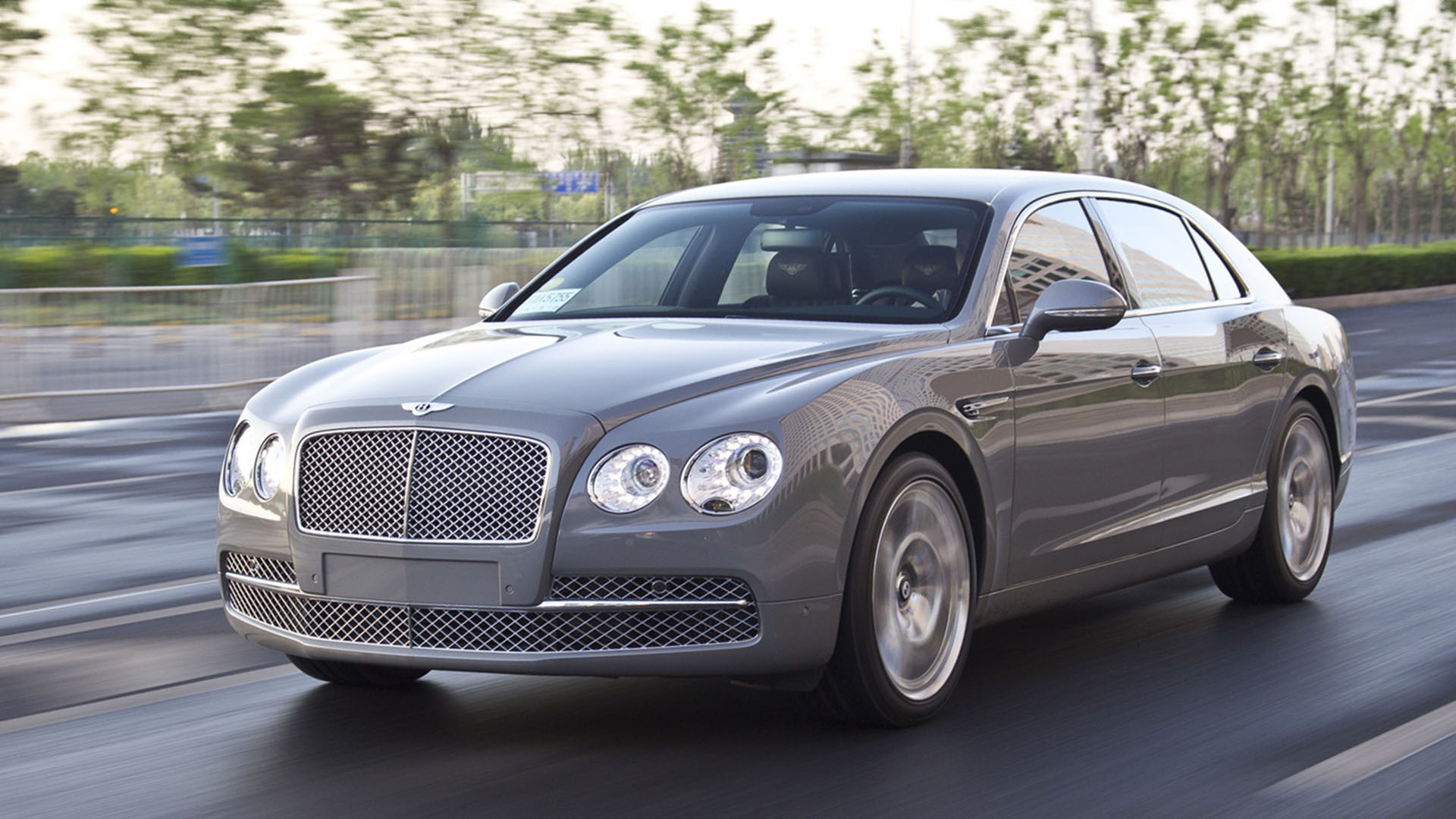 hire chauffeur bentley flying spur in london
