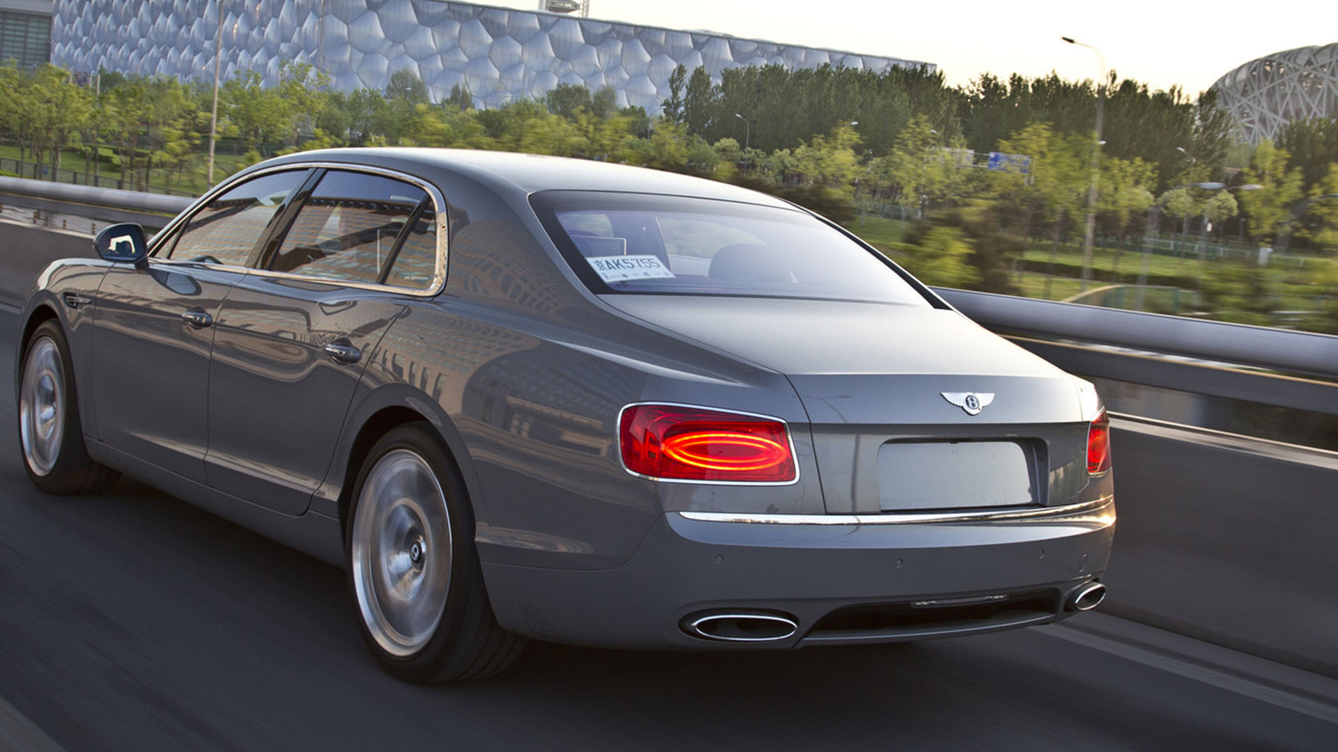 hire bentley flying spur for the day