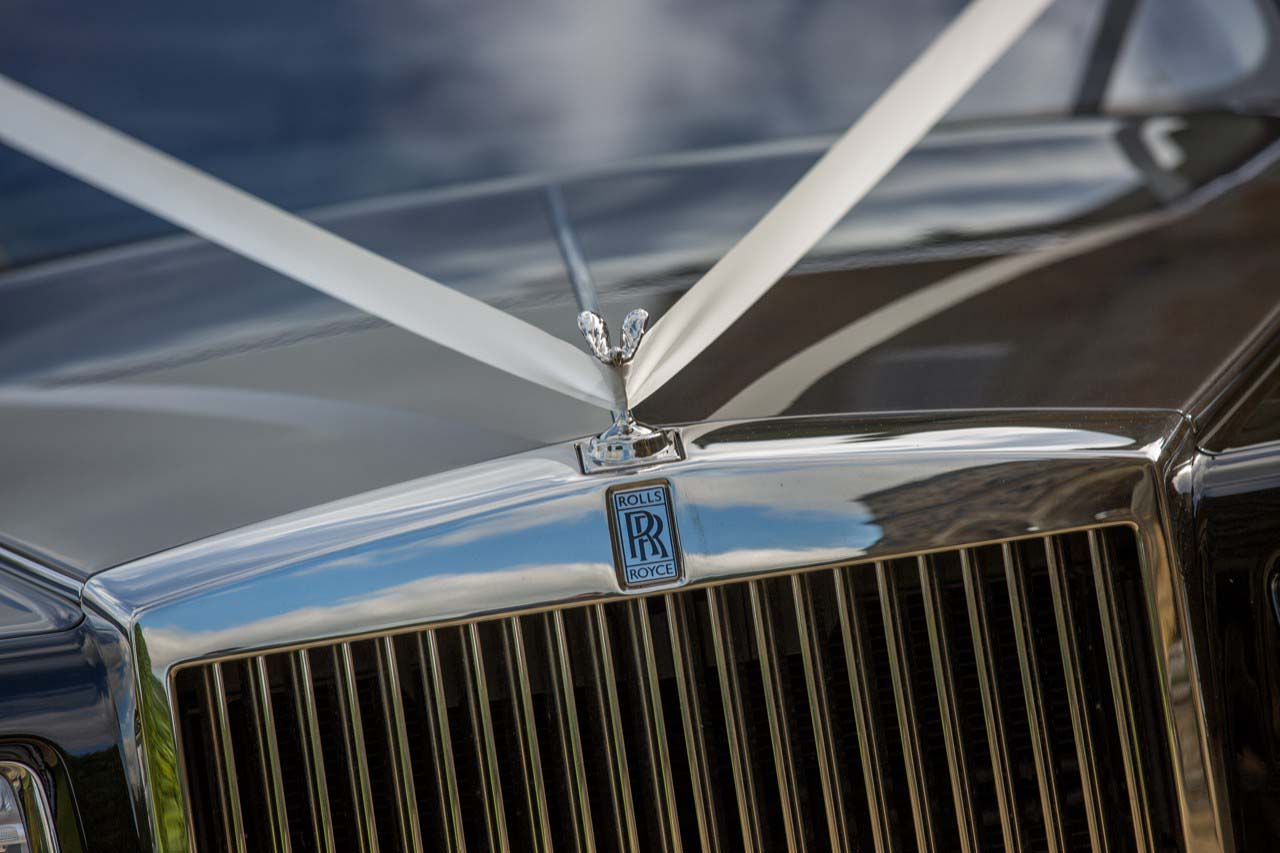 hire rolls royce phantom wedding chauffeur