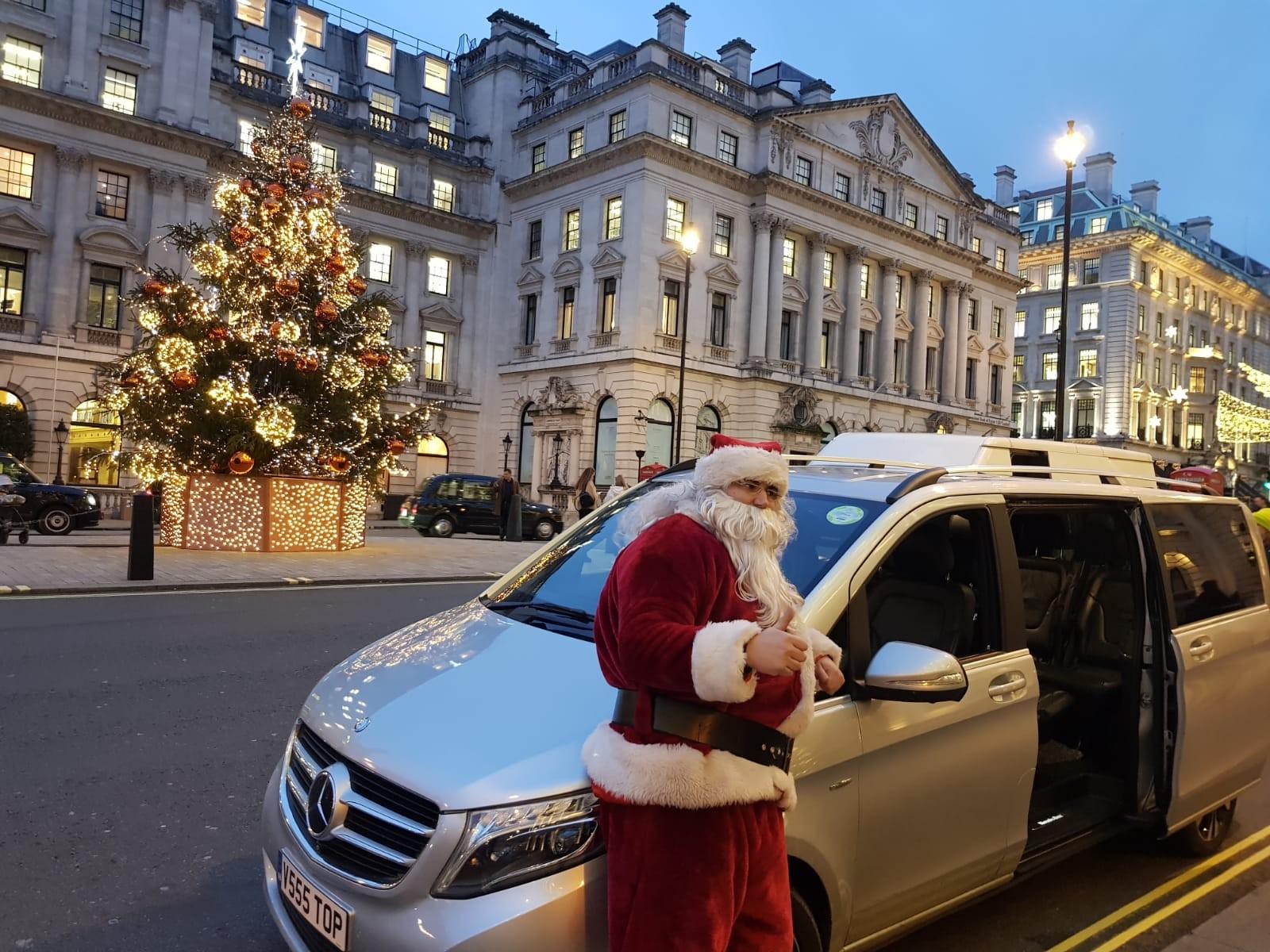 hire-mercedes-v-class-christmas-chauffeur
