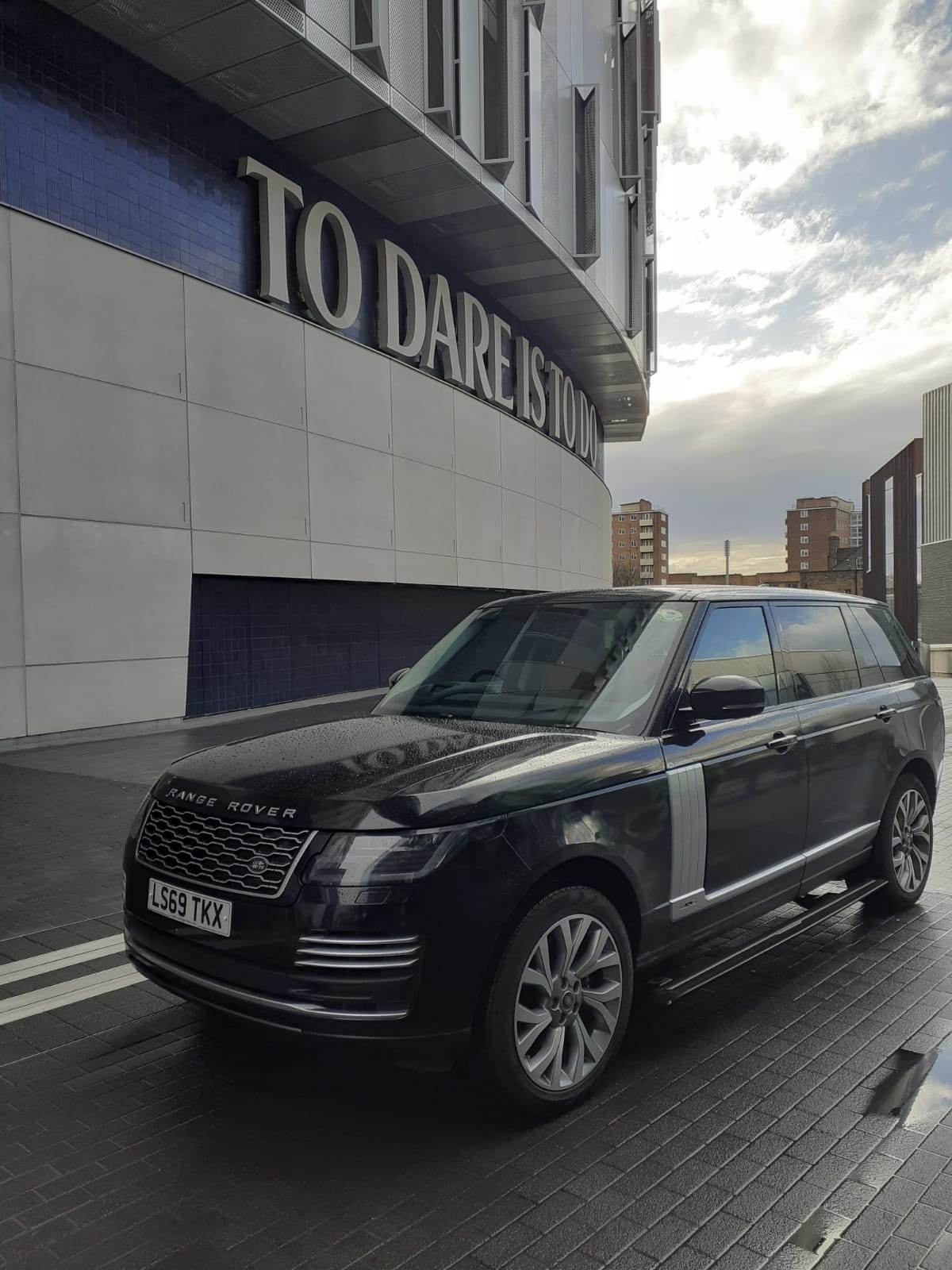 hire-range-rover-autobiography-for-events