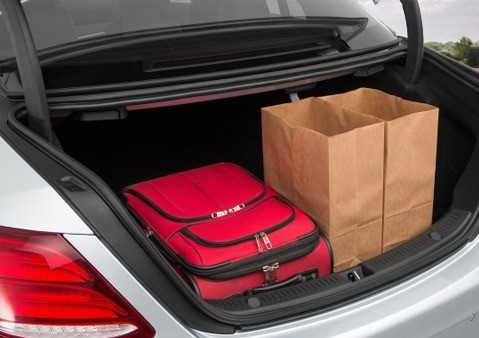 luggage-compartment-mercedes-benz-sclass