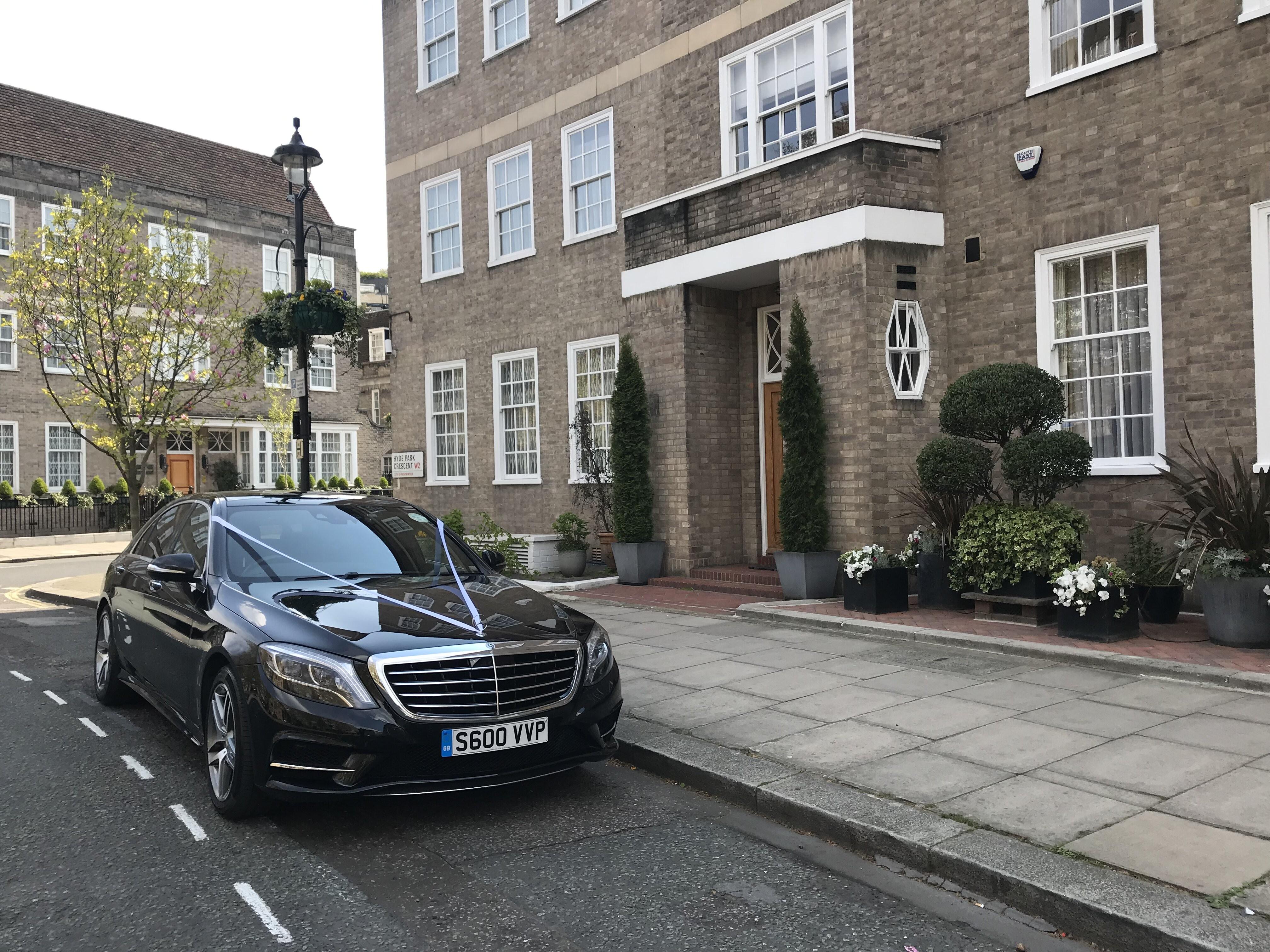 luxury-black-s-class