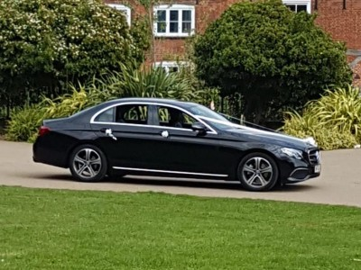 hire-mercedes-e-class-wedding-chauffeur-in-uk