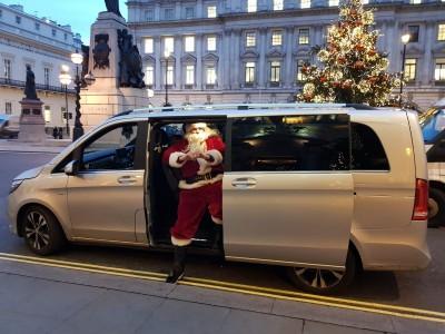 mercedes-v-class-christmas-chauffeur
