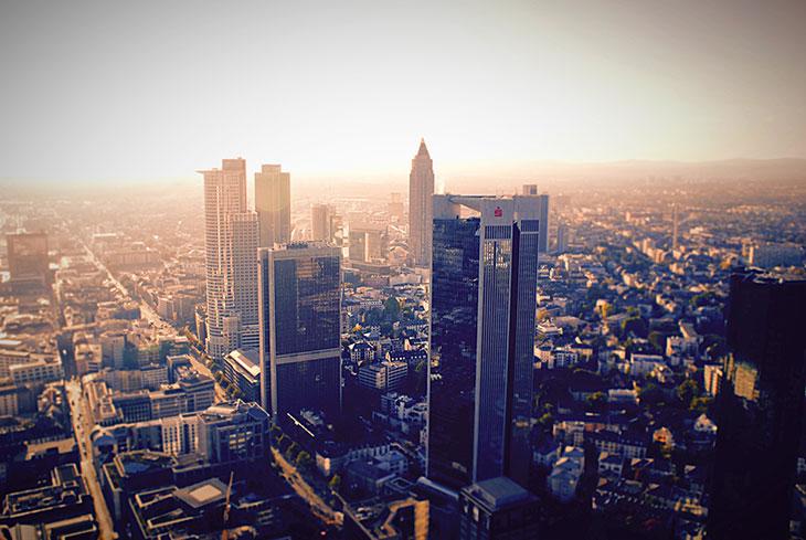 Hire Chauffeur in Frankfurt